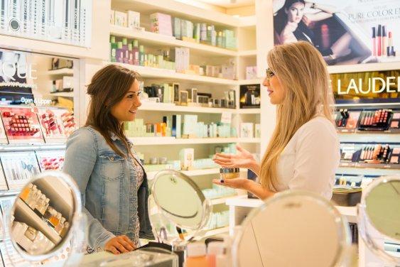 Fotografie van een bedrijfsreportage voor Mooi Parfumerie in Soest